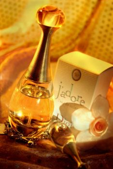 dior j'adore by beetlening