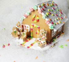 gingerbread house1 by PetiteCreation