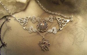 Epona-Choker by Destinyfall