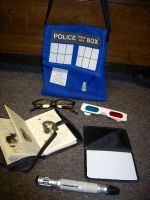 Items in a TARDIS Purse by EmilyScissorhands