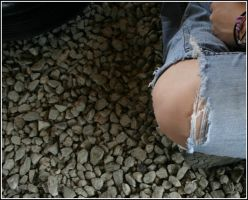 A knee, cool jeans an rocks by WrongState