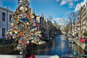 Love locks by StineJ