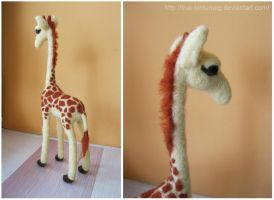 Needle felted Giraffe, again by thai-binturong