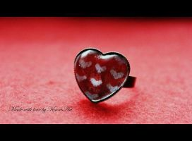 heart ring by KaoriArt