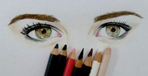 dianna agron eyes by Faberry-shipper