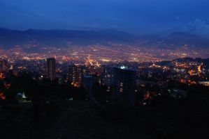 Medellin, Colombia - Night by jazzkidd