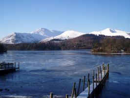 Derwent water frozen by maximusmountain