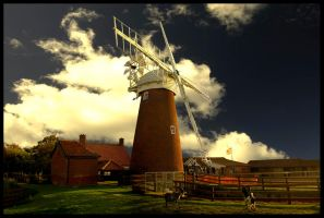Stracey Arms Drainage Mill by FreddyC