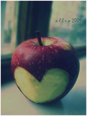 apple love by allew