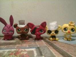 lps five nights at freddy's customs by OggyxOlivialover
