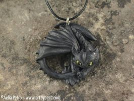 Toothless How to Train Your Dragon Necklace by Chaotica-I