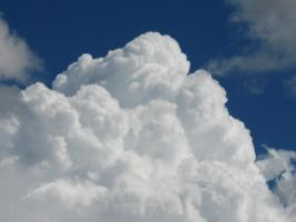 BEAUTIFUL PUFFY THUNDER CLOUDS by Aim4Beauty
