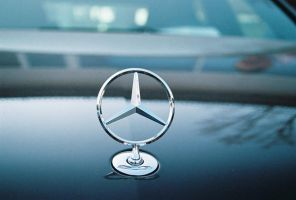 Mercedes Benz Star by Heinzefilm