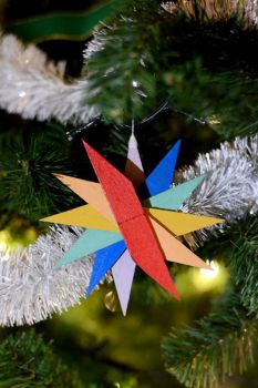 Color Wheel Star Christmas handmade decoration by prometteu