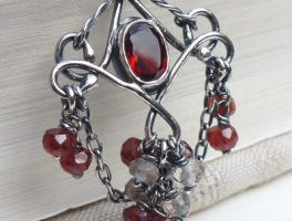 Dark red garnet gothic pendant by CreativityJewellery