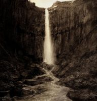 Iceland falls attempt 3a by andrekosslick