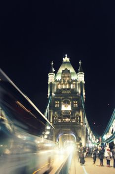London Bridge by La-Civetta