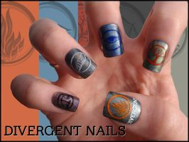 Divergent Nails by Ninails
