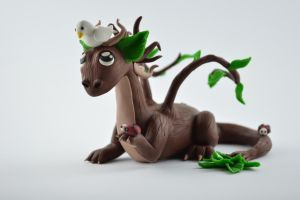tree dragon with little friends by claymeeples