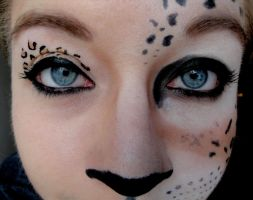 Leopard Makeup by racing-kites