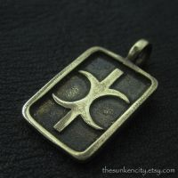 Bronze Hand of Eris pendant by Sulislaw
