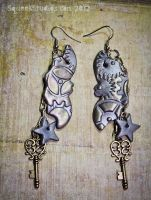 Elegant Mechanical Bat Earrings by squeekaboo