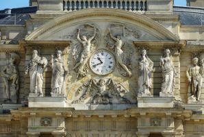 Clock and details on Palais du Luxembourg by EUtouring
