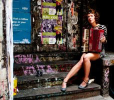 Accordionist by Et101