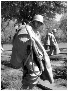 Vietnam Memorial -B and W- by x--stitch-me-up