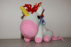 Unicorn Amigurumi by Redostrike