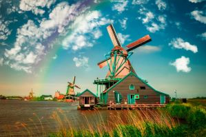 A day in Holland by INVIV0