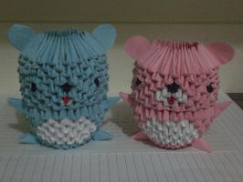 Two little cute origami bears by lantern77