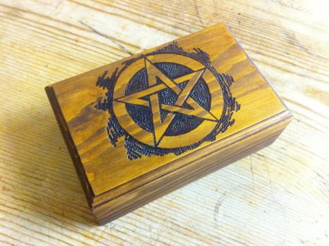 Wooden Jewellry Box, Pentacle by VandrefalkForge