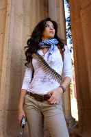 Female Nathan Drake (Rule 63) by xtifalockheart