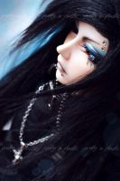 azure blue eyes by prettyinplastic