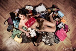 she loves bags by chulii