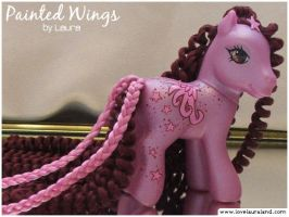 Painted Wings pony by customlpvalley