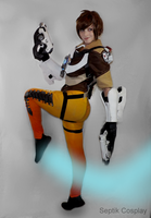 Tracer's here! - Overwatch by AnneTSeptik