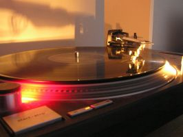 turntables by night by MikeOsito