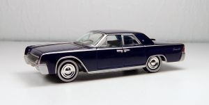 Johnny Lightning 1961 Lincoln Continental by Firehawk73-2012