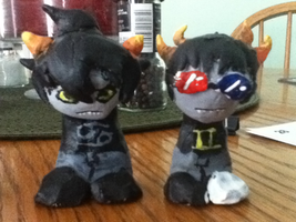 Karkat and Sollux Figures by Hidden-in-the-Mist