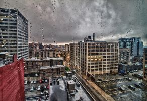 stormy night in CHI by delobbo