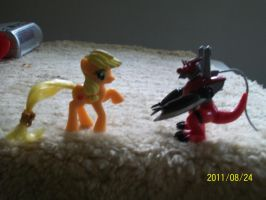 Applejack see a Digimon by FunnyGamer95