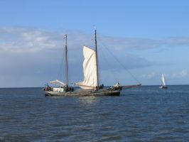 Sailing away by Toefje-Kunst