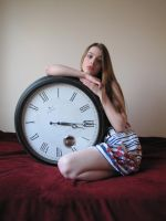 GirlWithClock.Stock02 by Reilune