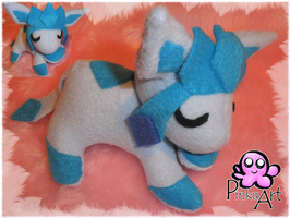 Sleeping Glaceon by PinkuArt