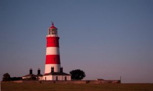 Happisburgh Lighthouse at 5.30AM by andyf451