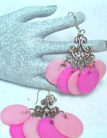 Pink Earrings by lenneheartly