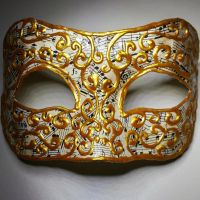 Music and Gold Mask by Llyzabeth