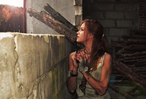 TOMB RAIDER Lara Croft cosplay 2013 by konradM96
